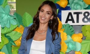 These Are the Gadgets Jessica Alba Can't Live Without